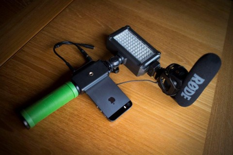 iPhone with Imorden Hand Grip Stabilizer and Rode VideoMic Pro Pistol Grip